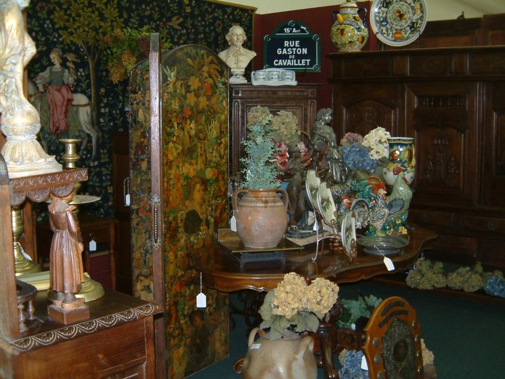 proper antiques